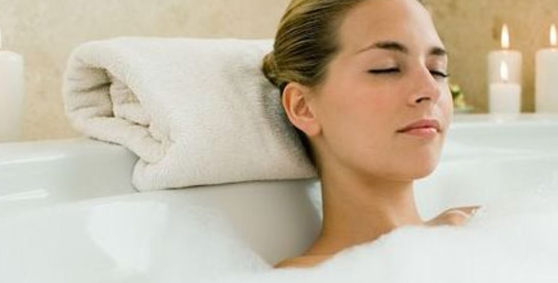 Sonhar com banho: Significado, Interpretação