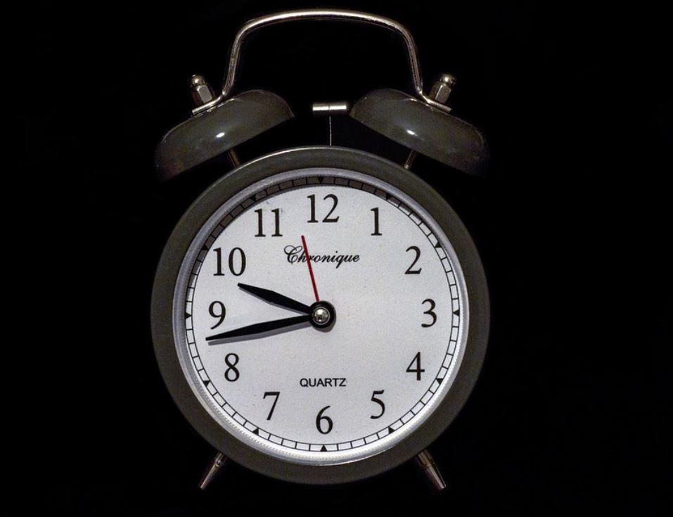 Horas iguais 02:02