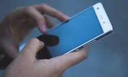 Sonhar com celular: Significado dos Sonhos