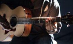 Sonhar com violão: Significado dos Sonhos